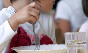 A table ! On mange, on discute et parfois … c'est compliqué !